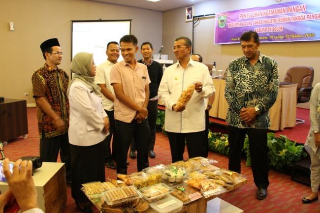 Dinas Kesehatan Laksanakan Penyuluhan Keamanan Pangan  Bagi Industri Rumah Tangga di Kabupaten Solok